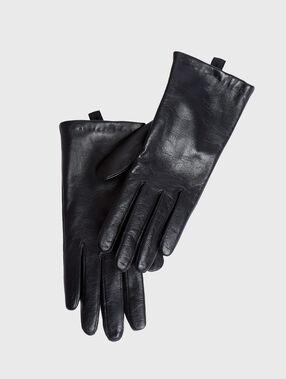Leather gloves black.