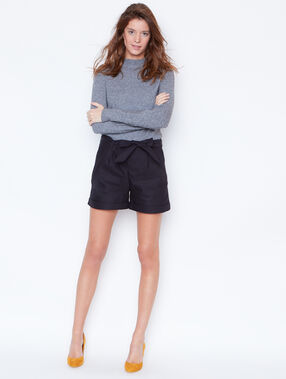 Belted shorts navy.