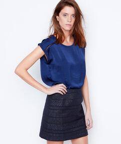 Falda estampado jacquard azul.