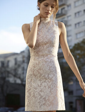 Structured dress nude.