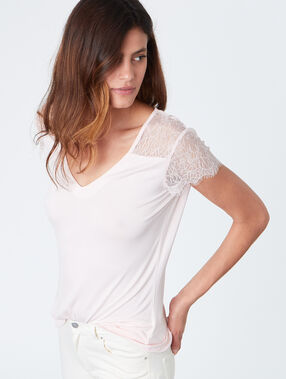 V neck short sleeves with lace nude.