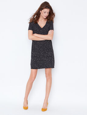 Dotty dress with v-neck back black.