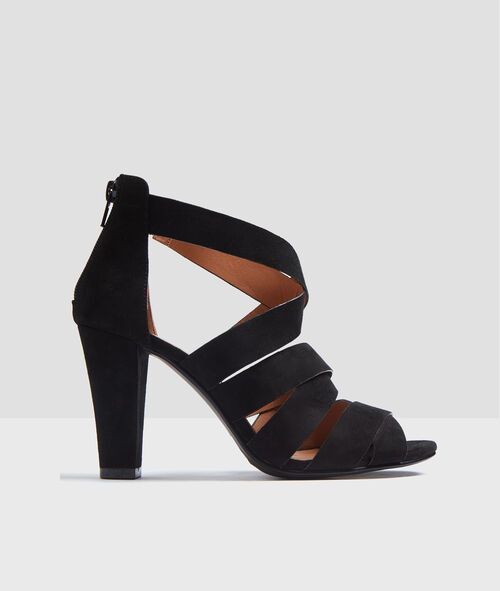 hohen Schuhen