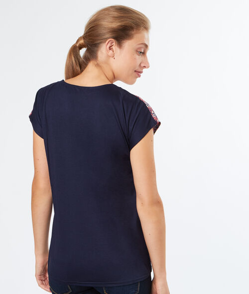 V neck printed top