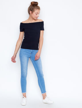 Cold shoulder top navy.