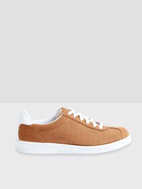 Sneakers braun.