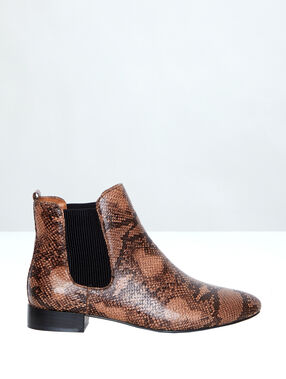 Chelsea boots in faux snakeskin brown.