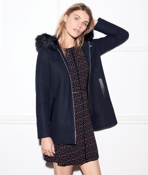 Manteau à capuche avec bordure en fausse fourrure