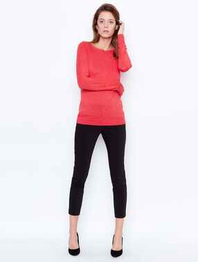 Fine knit slash neck sweater red.