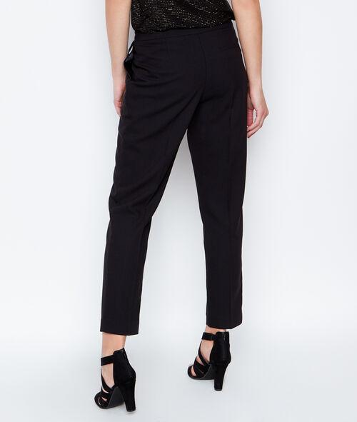 Pantalon droit ceinturé