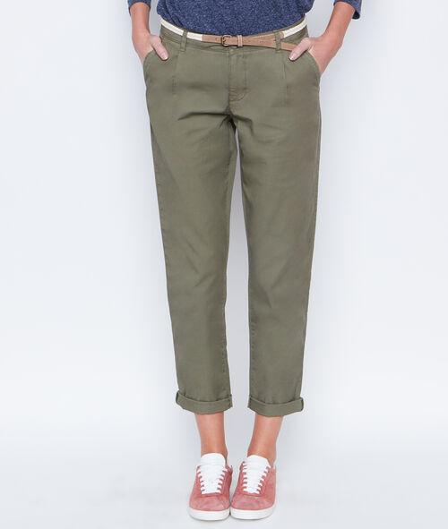 Carrot pants