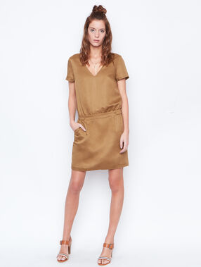 Linen dress brown.