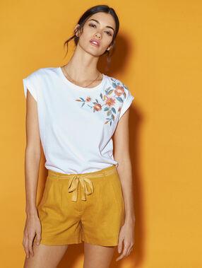Linen shorts mustard.