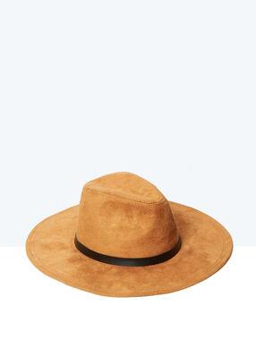 Chapeau suedine tabac.