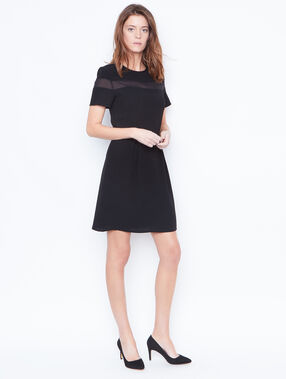 Kleid schwarz.
