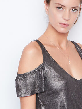 Cold shoulder top black.