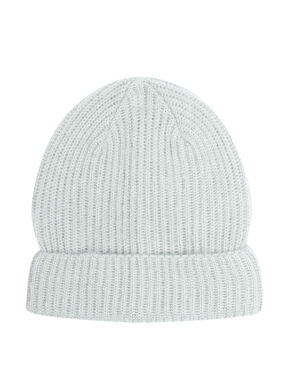 Hat grey.