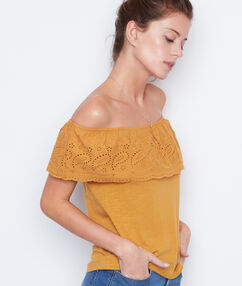 Cold shoulder top yellow.