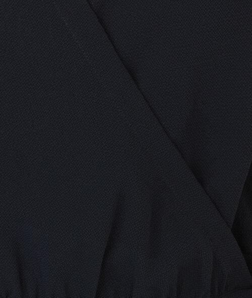 Robe fluide nouée à la taille