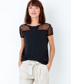 T-shirt manches courtes avec empiècement dentelle noir.
