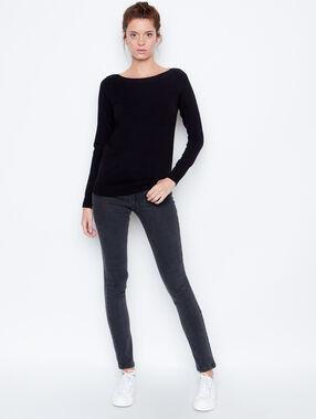 Sweater black.