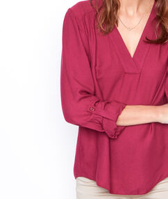 V-neck blouse plum.