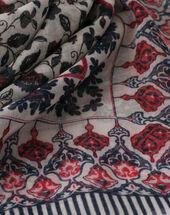 Servane indigo printed scarf dark indigo.