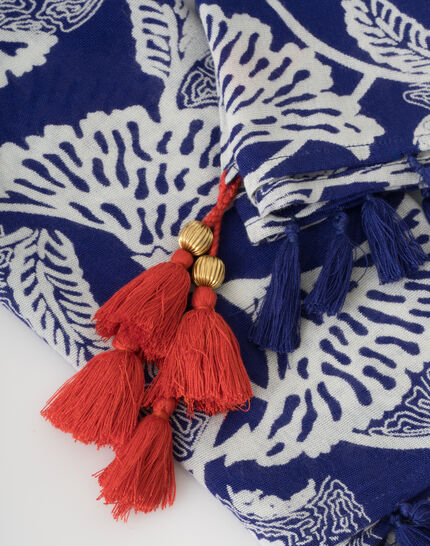 Stacy midnight blue scarf with a floral print PhotoZ | 1-2-3