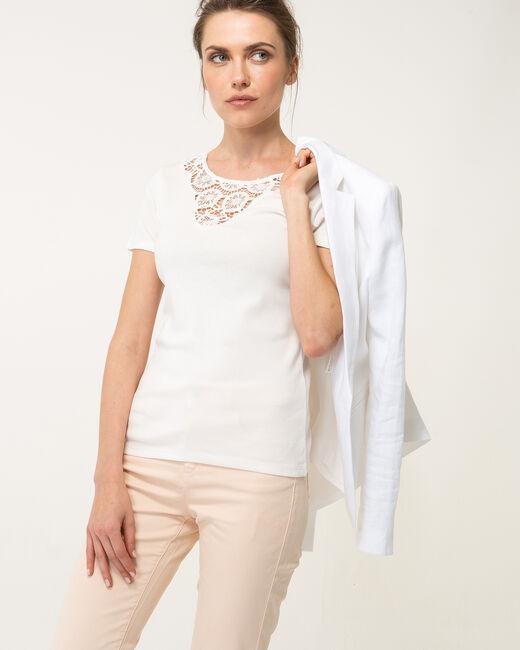 Tee-shirt écru col dentelle Nastasia (2) - 1-2-3