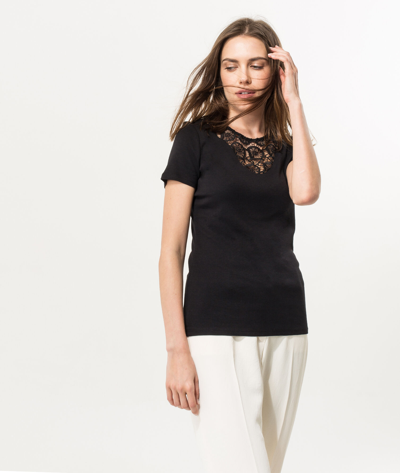 Black t shirt with lace - Nantasia Black T Shirt With Lace Neckline