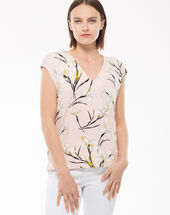 Nature pink t-shirt with a lily print light pink.