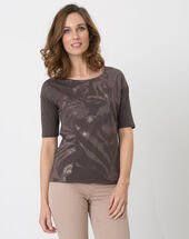 Neko brown t-shirt with safari print brown.