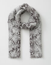 Fou scarf with snake print light grey.