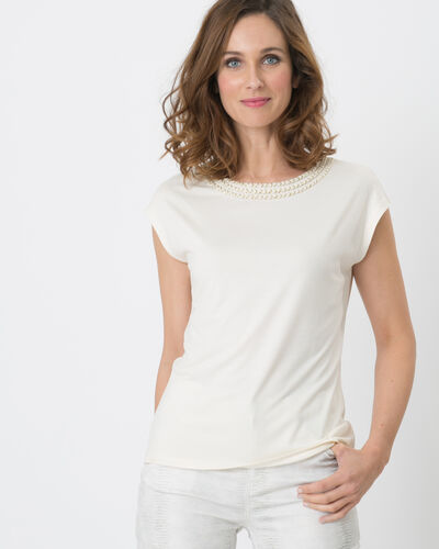 Natte pale yellow shiny T-shirt with braided neckline (1) - 1-2-3