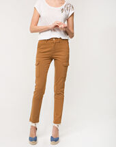 Damien 7/8 length camel trousers with large combat-style pockets caramel.