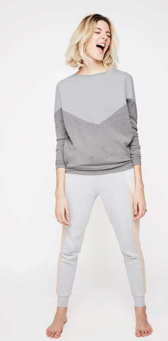 Pincheriz light grey trousers grey.