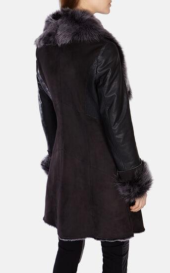 Karen Millen, DRAPED-FRONT SHEARLING COAT Chocolate 3