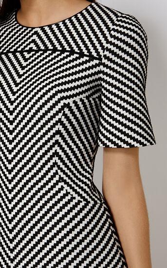 Karen Millen, ZIG ZAG STRIPE DRESS Blk&Wht 4