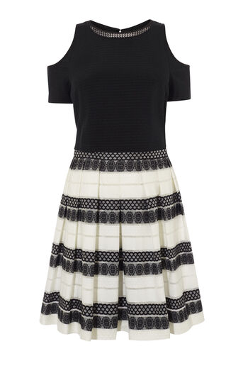 Karen Millen, DEVORÉ STRIPE DRESS Black & White 0
