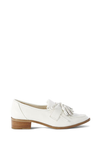 Karen Millen, LEATHER TASSEL LOAFER White 0