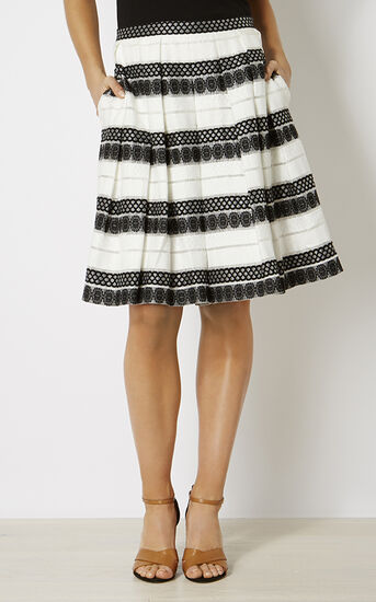 Karen Millen, DEVORÉ STRIPE MIDI SKIRT Black & White 2