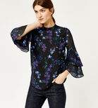 Warehouse, GILLY FLORAL TIERED SLEEVE TOP Black Pattern 1