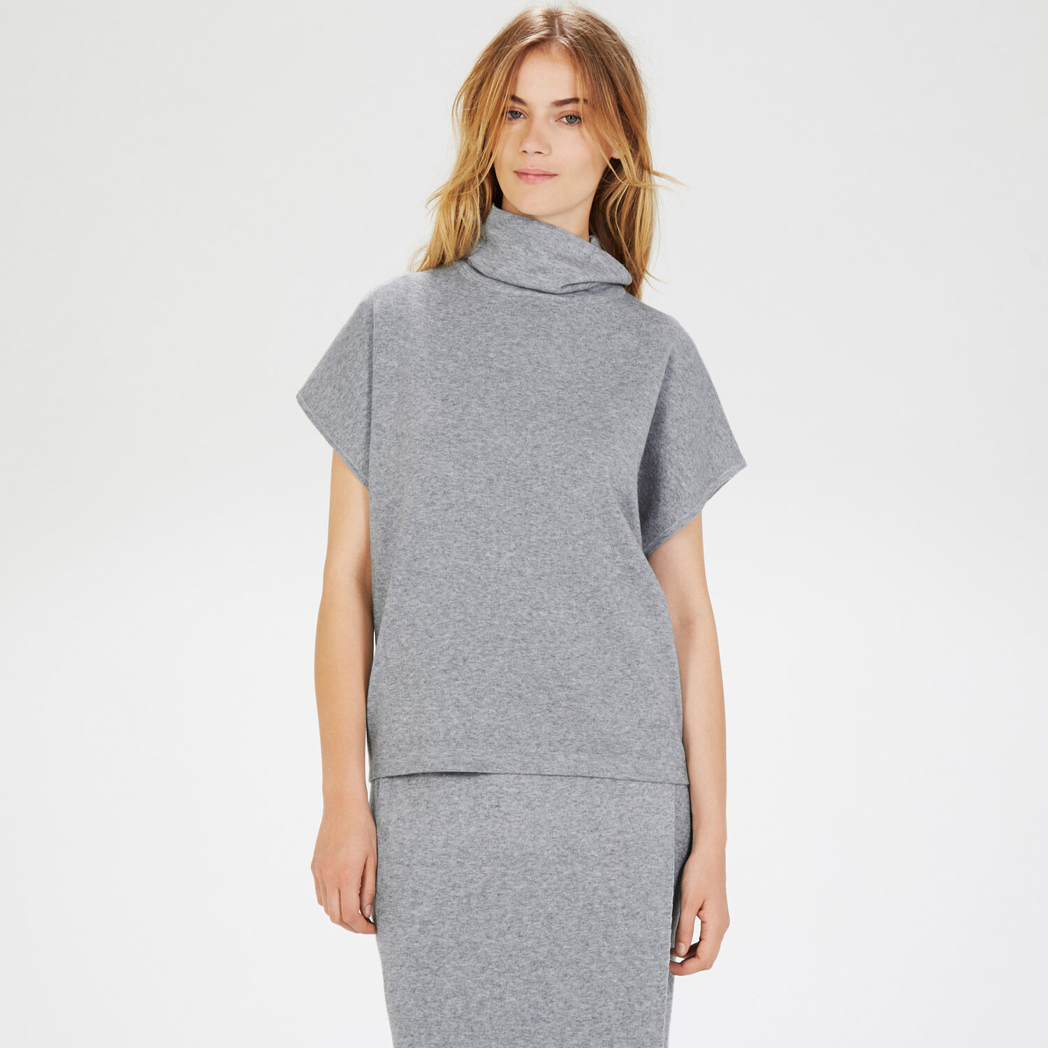 Warehouse, SQUARE FUNNEL NECK TOP Light Grey 1