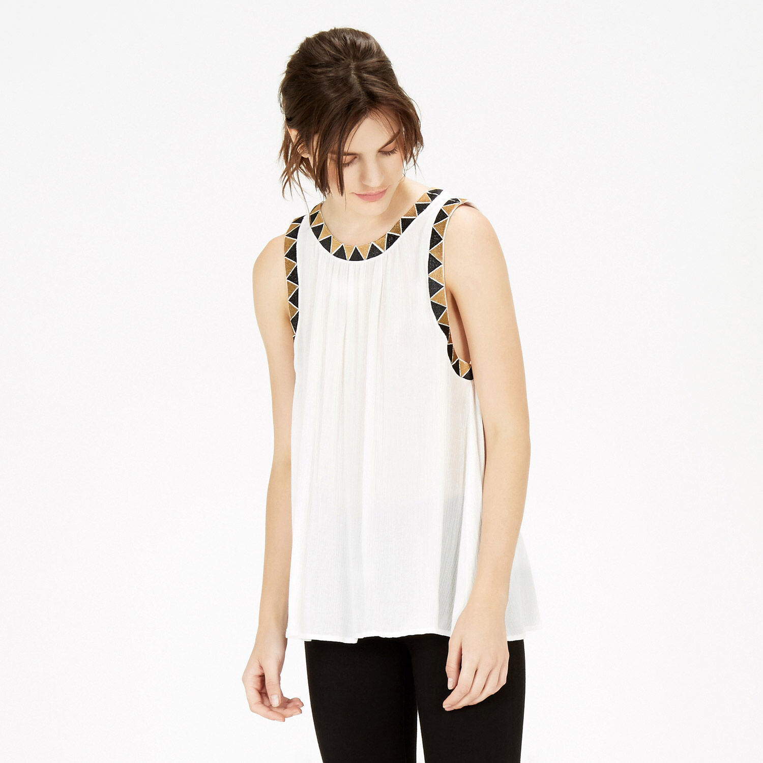 Warehouse, Embroidered Trim Top White 1