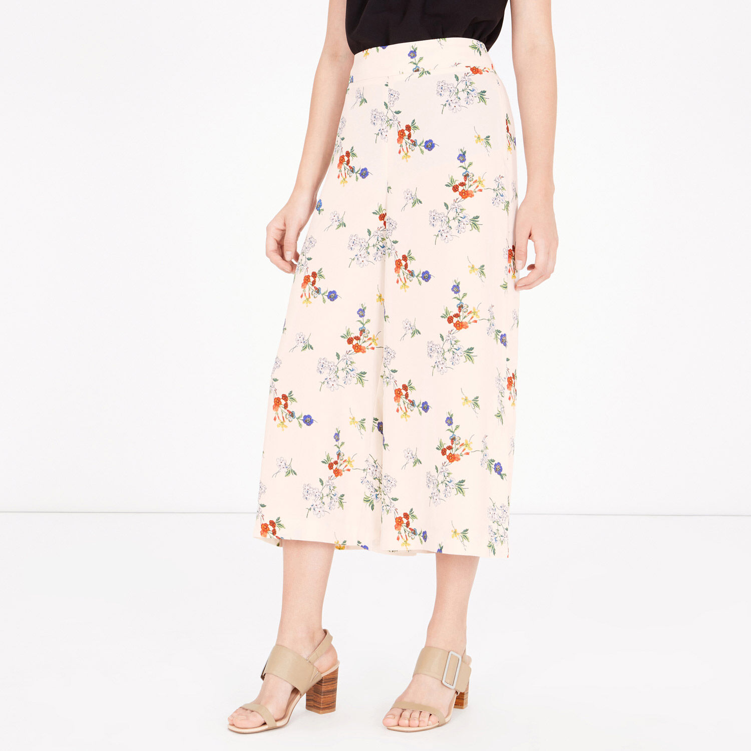 Warehouse, SPACED FLORAL CROPPED CULOTTES Cream 1