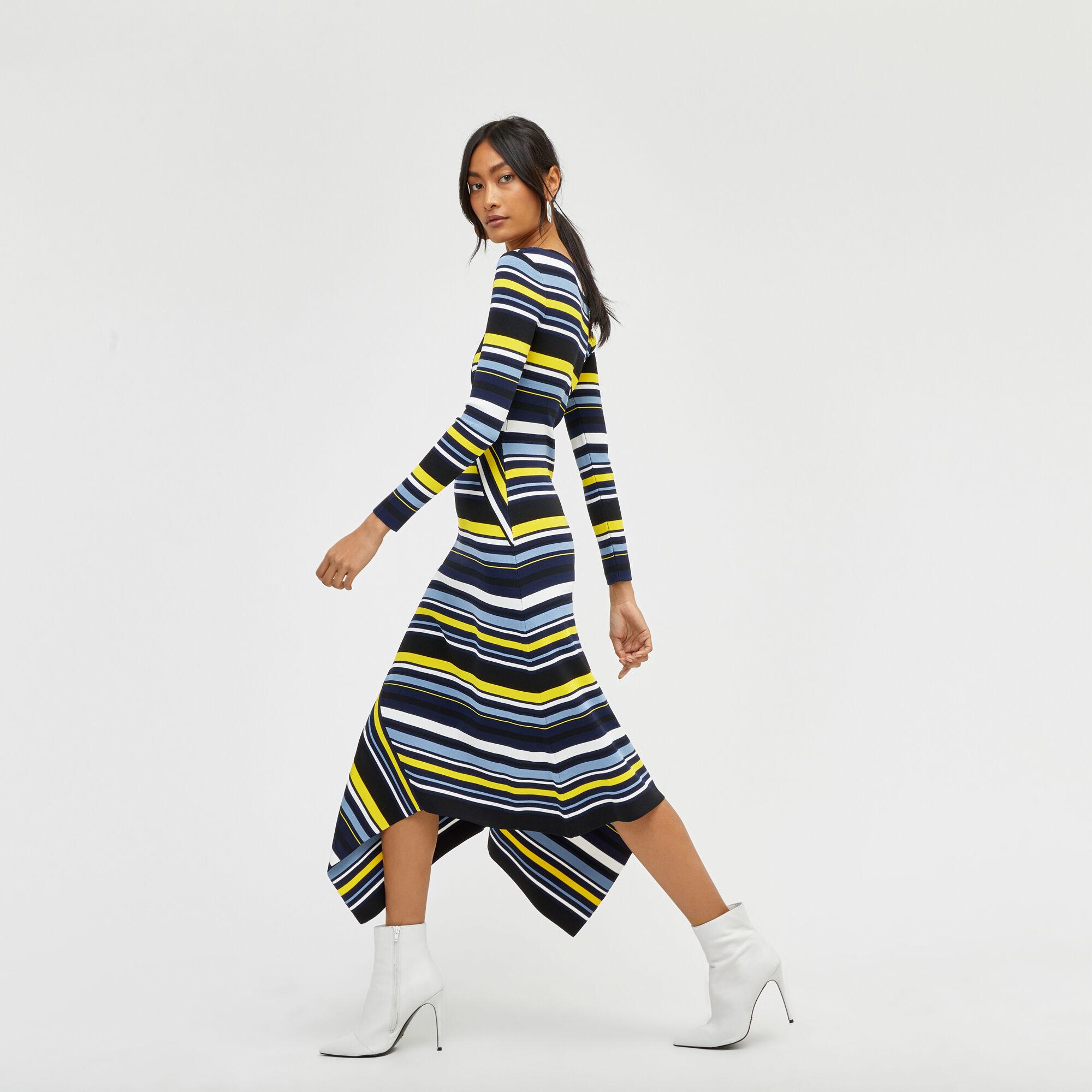 Dip hem maxi dress new look