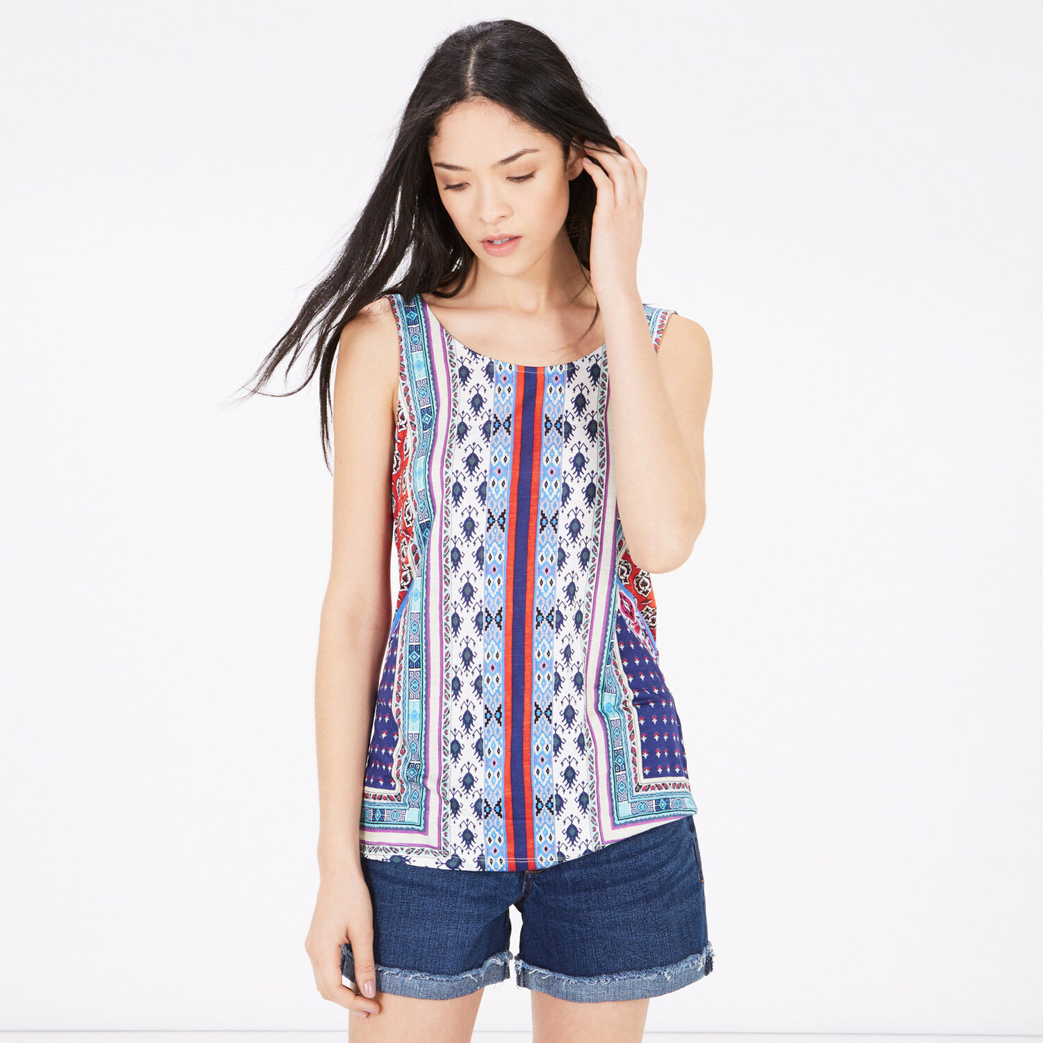 Essential vest tops for women in plain and lace styles. Versatile cami tops for your casual look. Next day delivery and free returns available.
