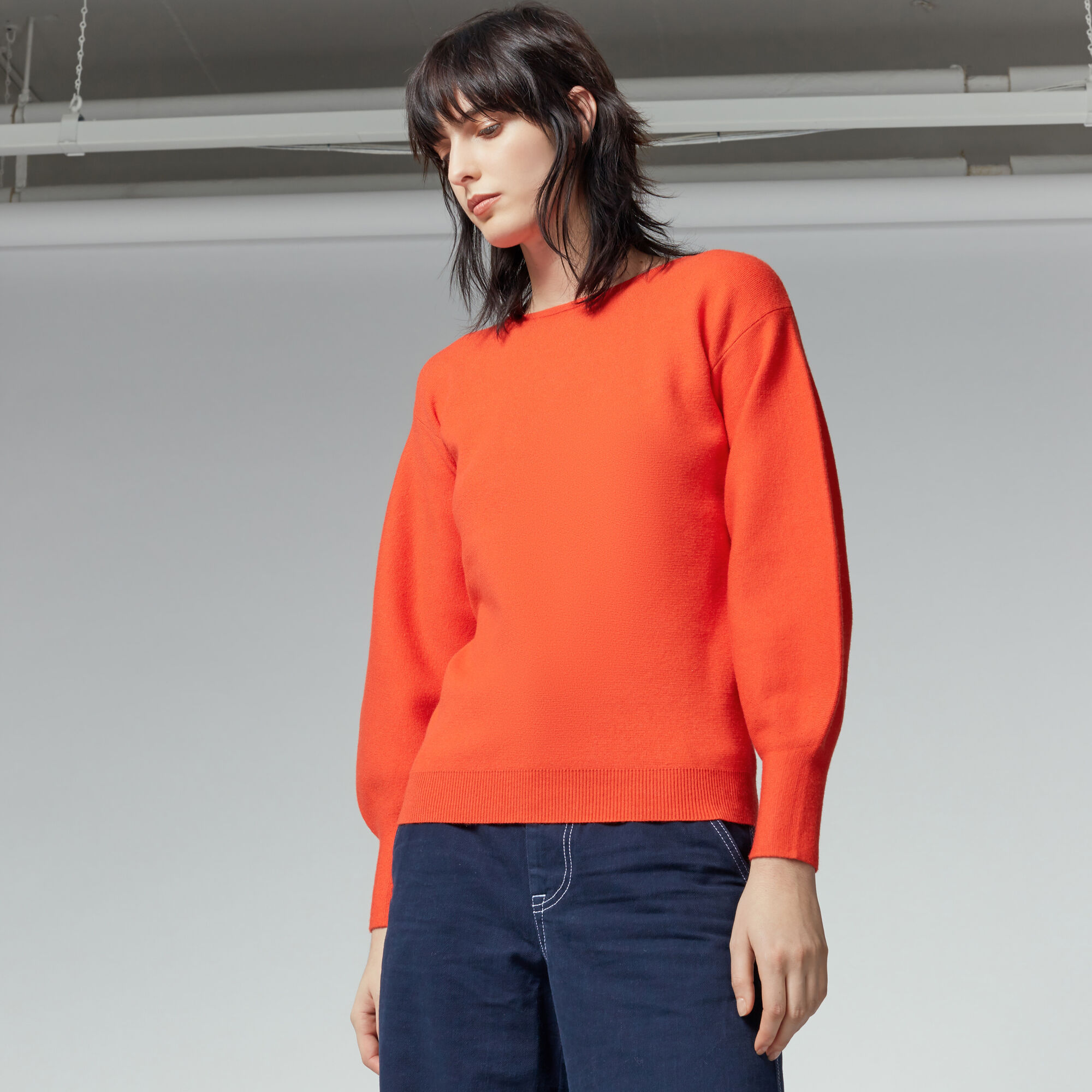 Warehouse, MILANO BLOUSON SLEEVE JUMPER Bright Red 1