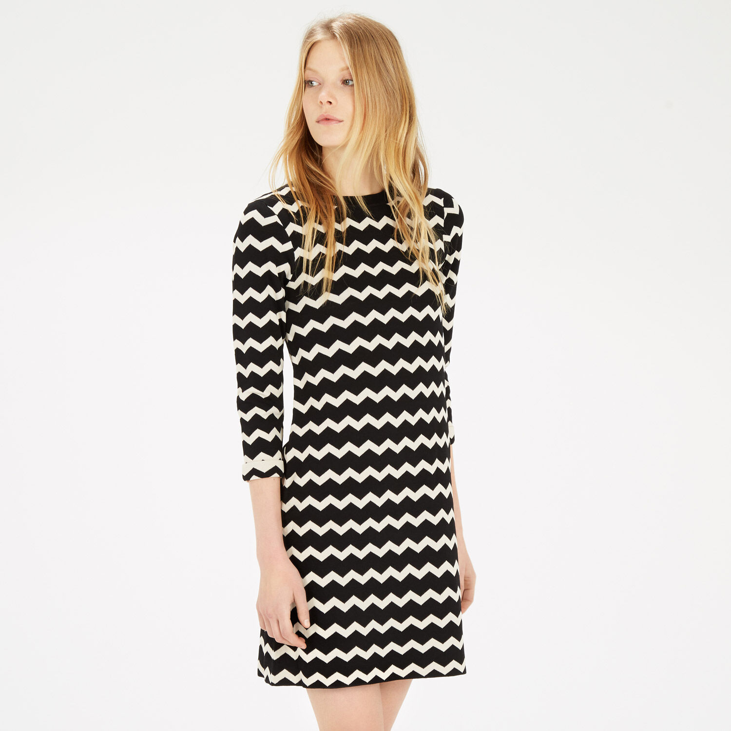 Warehouse, COMPACT CHEVRON DRESS Black Pattern 1