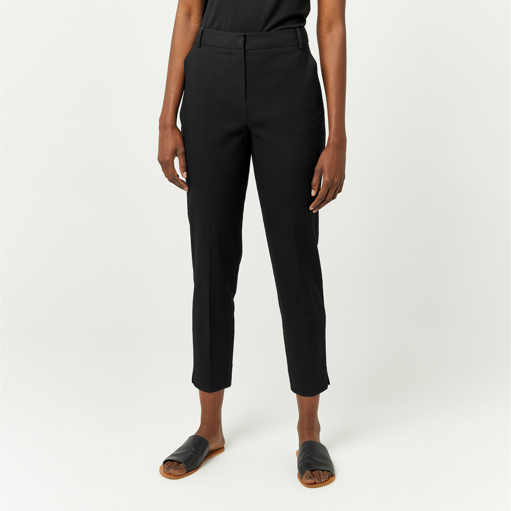 Warehouse, TEXTURED SLIM LEG TROUSER Black 1